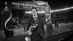 Santiago Solari, Manager of Real Madrid holds the FIFA Club World Cup Trophy following the FIFA Club World Cup UAE 2018 Final between Al Ain and Real Madrid at the Zayed Sports City Stadium on December 22, 2018 in Abu Dhabi, United Arab Emirates. (Photo by Michael Regan - FIFA/FIFA via Getty Images)
