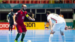 CALI, COLOMBIA - OCTOBER 01: Ricardinho (L) of Portugal controls the ball in front of Mahdi Javid (R) of Iran during the FIFA Futsal World Cup Third Place Play off match between Iran and Portugal at the Coliseo El Pueblo stadium on October 1, 2016 in Cali, Colombia. (Photo by Alex Caparros - FIFA/FIFA via Getty Images)