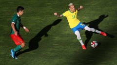 KASHIMA, JAPAN - AUGUST 03: Antony #11 of Team Brazil turns with the ball during the Men's Football Semi-final match between Mexico and Brazil on day eleven of the Tokyo 2020 Olympic Games at Kashima Stadium on August 03, 2021 in Kashima, Ibaraki, Japan. (Photo by Koki Nagahama/Getty Images)