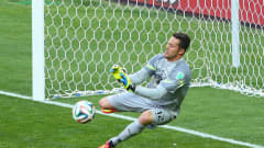 BELO HORIZONTE, BRAZIL - JUNE 28: Julio Cesar of Brazil saves a penalty kick from Mauricio Pinilla of Chile (not pictured) during the 2014 FIFA World Cup Brazil round of 16 match between Brazil and Chile at Estadio Mineirao on June 28, 2014 in Belo Horizonte, Brazil.  (Photo by Ian Walton/Getty Images)
