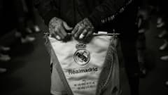 Sergio Ramos of Real Madrid CF holds the Real Madrid's badge at the tunnel prior to the FIFA Club World Cup UAE 2018 Final between Al Ain and Real Madrid at the Zayed Sports City Stadium on December 22, 2018 in Abu Dhabi, United Arab Emirates. (Photo by David Ramos - FIFA/FIFA via Getty Images)