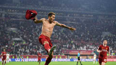 DOHA, QATAR - DECEMBER 21: Roberto Firmino of Liverpool celebrates after scoring his team's first goal during the FIFA Club World Cup Qatar 2019 Final match between Liverpool FC and CR Flamengo at Khalifa International Stadium on December 21, 2019 in Doha, Qatar. (Photo by David Ramos - FIFA/FIFA via Getty Images)