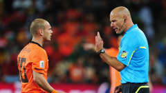 Referee Howard Webb gestures to Wesley Sneijder of the Netherlands during the 2010 FIFA World Cup South Africa Final match between Netherlands and Spain at Soccer City Stadium on July 11, 2010 in Johannesburg, South Africa. (Photo by Clive Mason/Getty Images)
