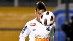 SAO PAULO, BRAZIL - MAY 18:   Neymar of Santos in action during a match against Once Caldas as part of the Santander Libertadores Cup 2011 at Pacaembu stadium on May 18, 2011, in Sao Paulo, Brazil. (Photo by Eduardo Anizelli/LatinContent/Getty Images)