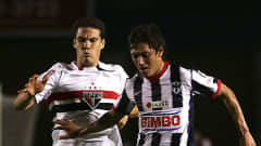 Neri Cardozo (R) of Monterrey fights for the ball with Hernanes of São Pauloduring a CopaLibertadores match at the Tecnologico Stadium on March 31, 2010 in Monterrey, Mexico. Alfredo Lopez/Getty Images