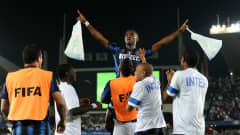 ABU DHABI, UNITED ARAB EMIRATES - DECEMBER 18:  Samuel Etoo of FC Internazionale Milano celebrates scoring his side second goal on the shoulders of his teammates during the FIFA Club World Cup final match between TP Mazembe Englebert and FC Internazionale Milano at Zayed Sports City on December 18, 2010 in Abu Dhabi, United Arab Emirates.  (Photo by Jasper Juinen - FIFA/FIFA via Getty Images)